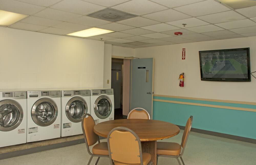Allen House Laundry Room - washington dc apartment amenities